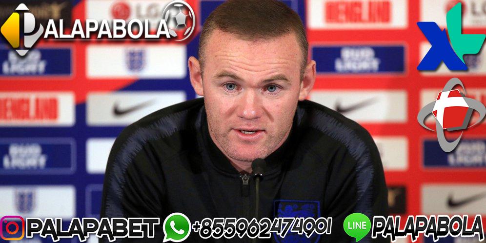 Wayne Rooney Gantung Sepatu
